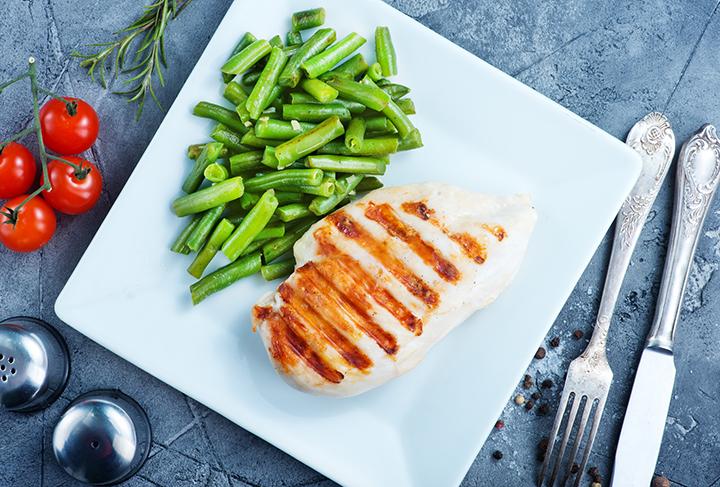 タンパク質が豊富に含まれる食材のイメージ