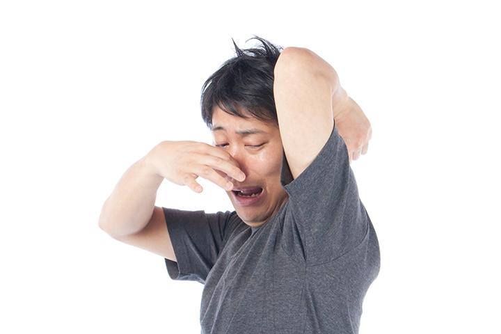 男性のワキガのイメージ