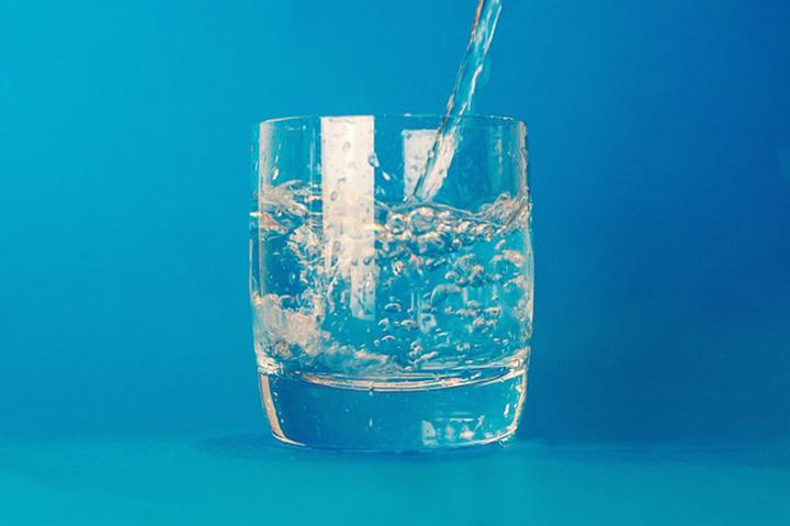 水の摂取量のイメージ